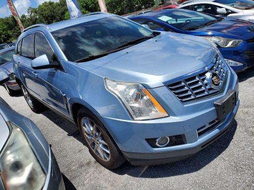 #32 2013 Cadillac SRX Performance Collection
