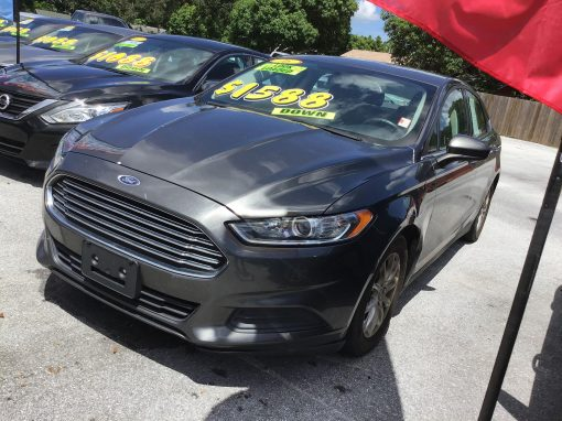 #14 2016 Ford Fusion S