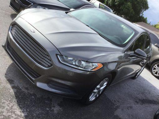 #45 2014 Ford Fusion SE
