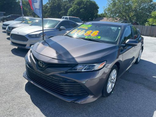 #05 2018 Toyota Camry LE